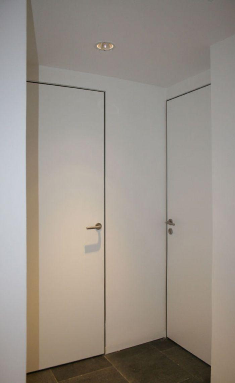 Puerta a medida acabada en laminado de alta presi n con for Puertas de aluminio a medida