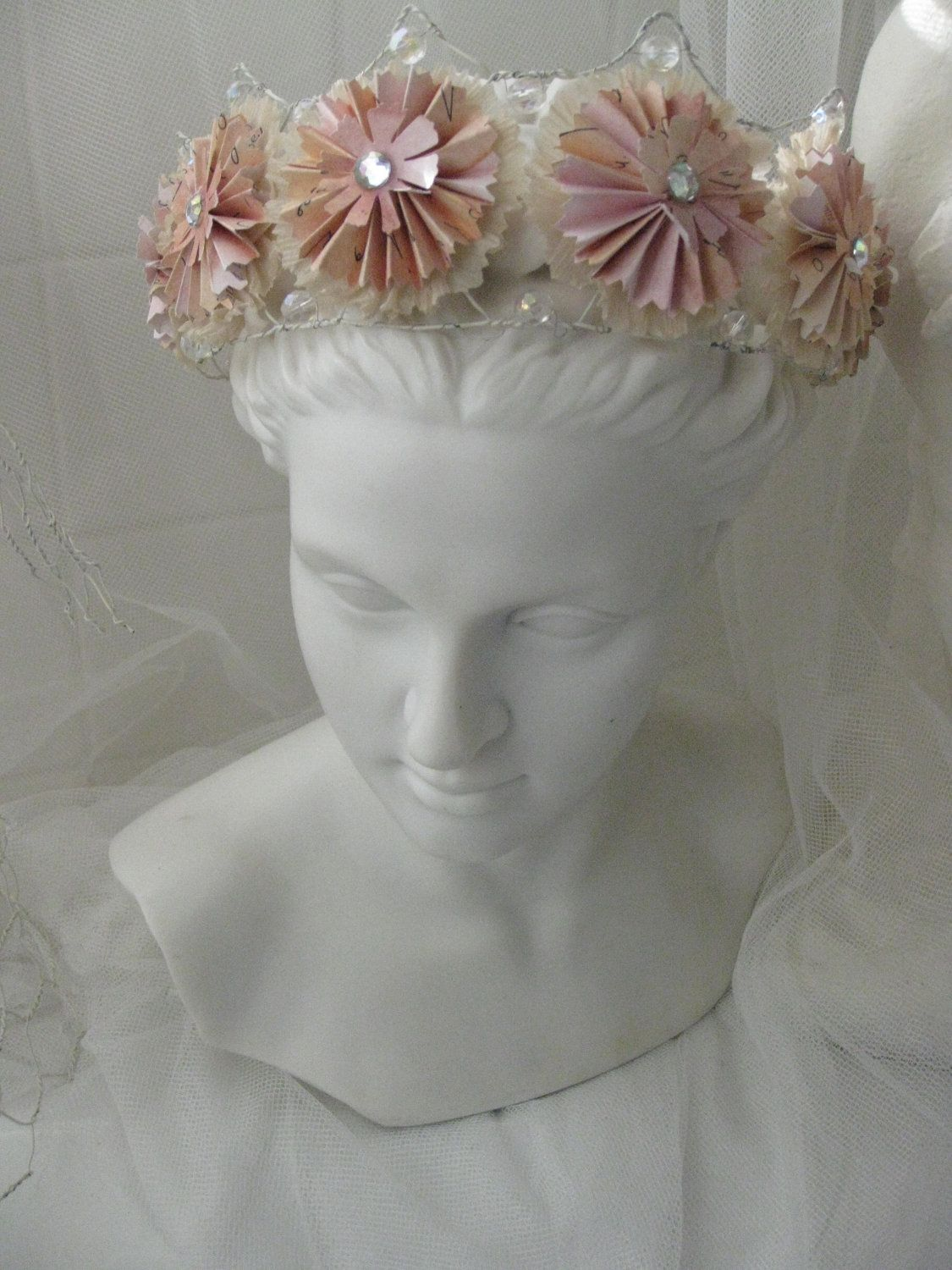 Wire and Paper Crown handmade by di4art | crowns & masks & party ...