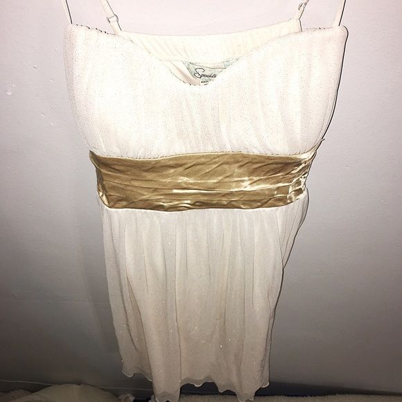 Speechless Sparkle Dress Size medium. Off white / beige gold & sparkle accent contrast. Tie bow back. Fall just above knee. Speechless Dresses Midi