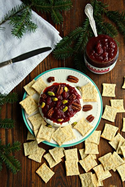 Holiday Brie with Wozz! Cranberry Chutney, Pistachios and Pecans
