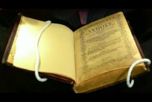 Los 10 libros antiguos más valiosos del mundo