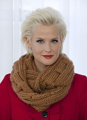 Ravelry: Chain Link Eternity Scarf pattern by Vickie Howell free pattern