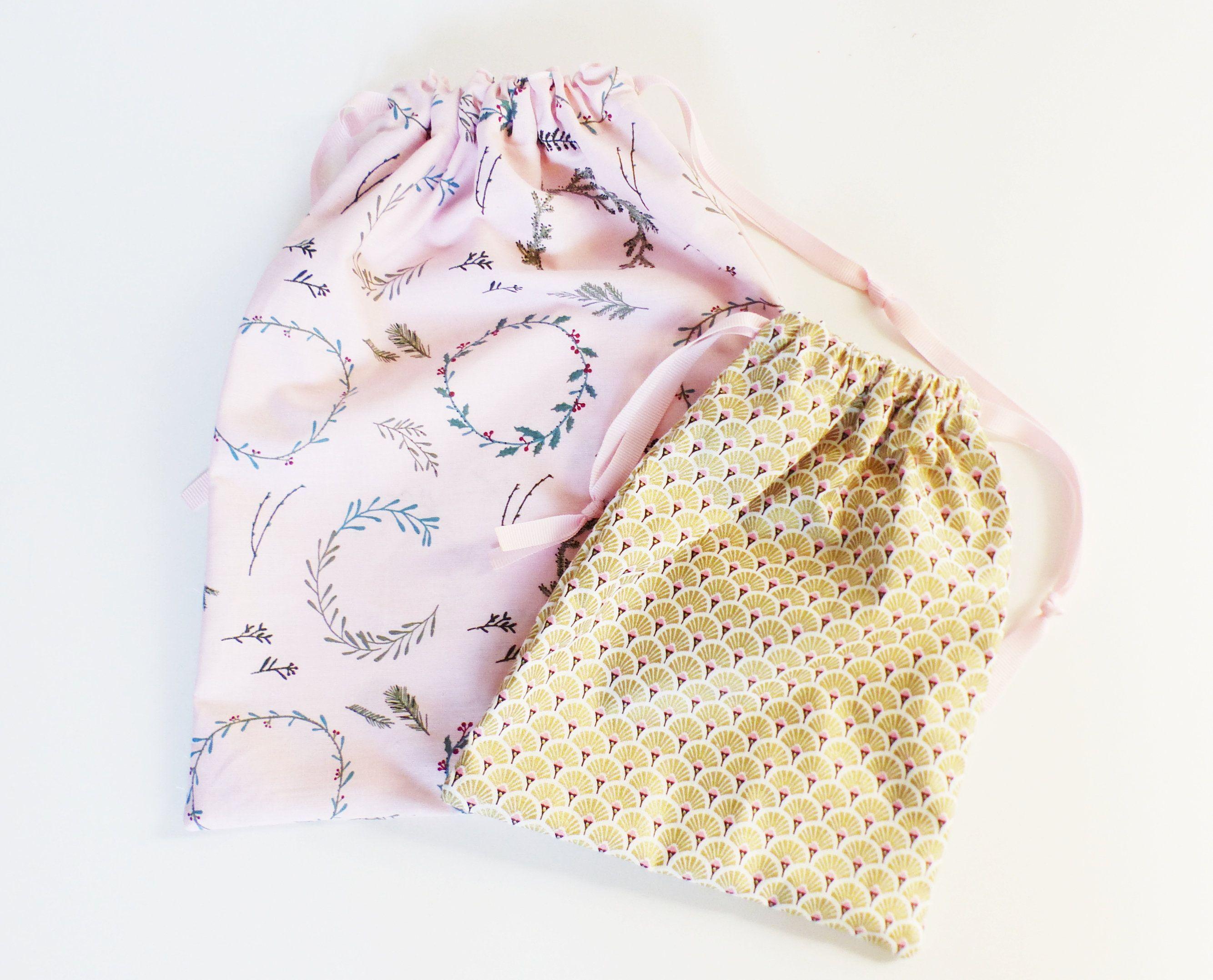 Bon   Aucun coût  Emballage Cadeau tissus  Réflexions,2 sacs CADEAUX en tissu - écailles de N... #emballagecadeauecologique