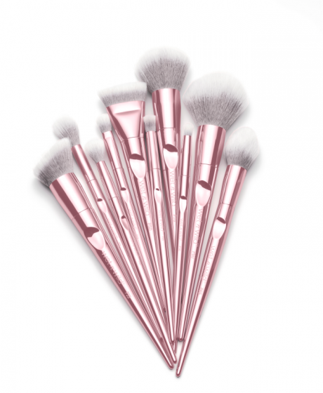 Get the complete 10piece cruelty free Pro Brush Line that