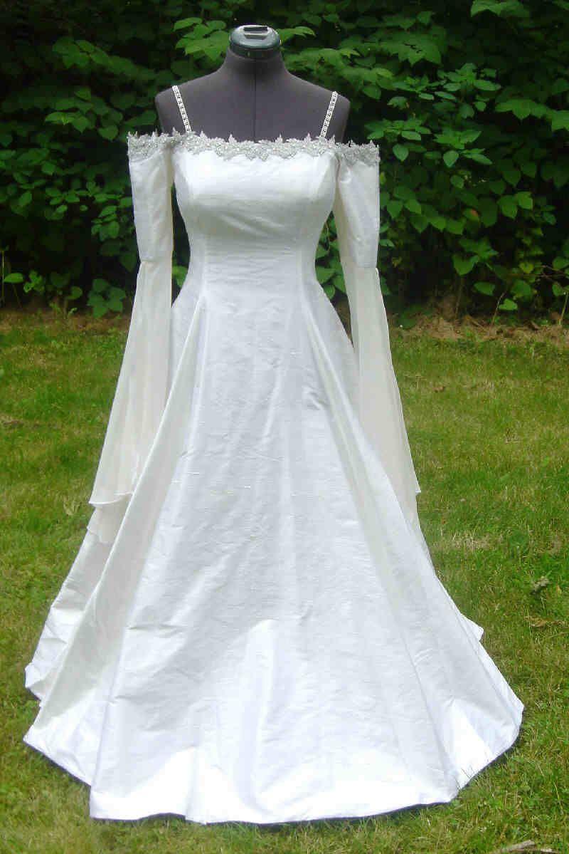 Elvish wedding dress | Wedding | Pinterest | Elvish wedding, Elvish ...