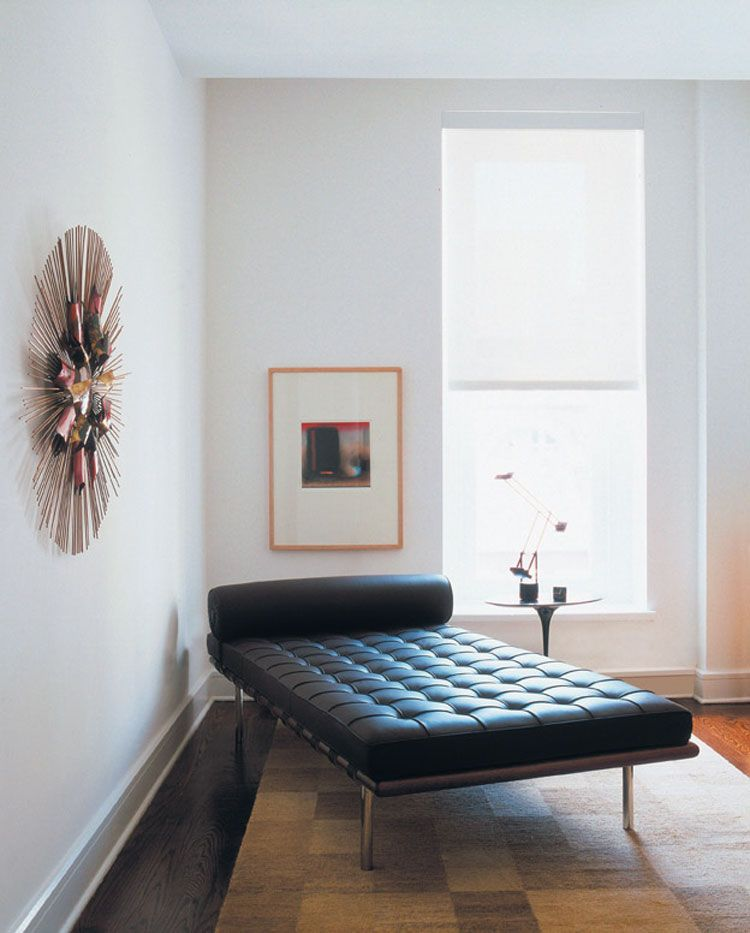 I want to make out with this corner. (P.S. Knoll is totally on sale at 2Modern right now if you're in the market for a Barcelona Couch for your own cozy modern corner).
