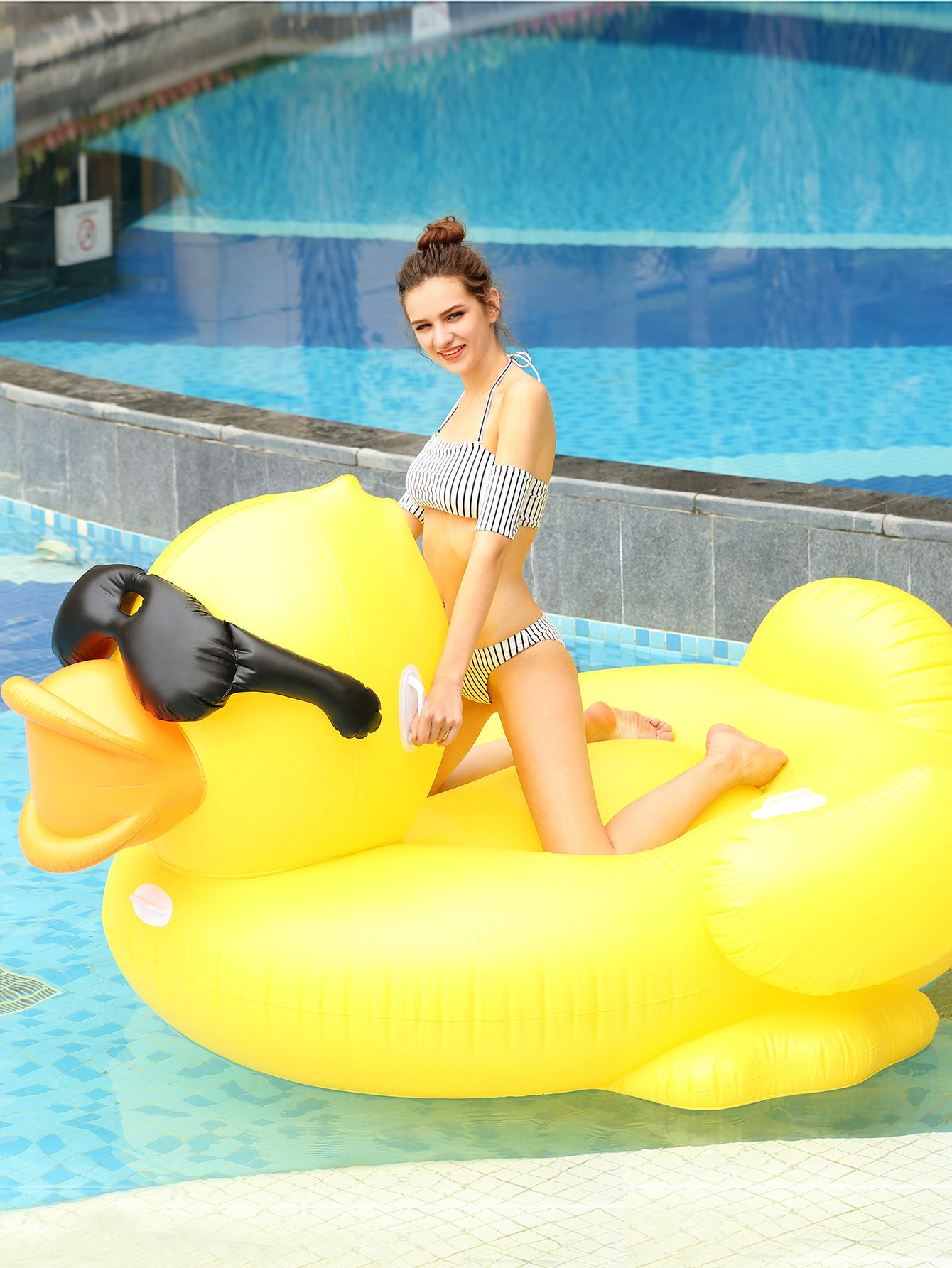 Shop Giant Duck Pool Float Online Shein Offers Giant Duck Pool Float More To Fit Your Fashionable Needs Pool Floaties Cute Pool Floats Summer Pool Floats