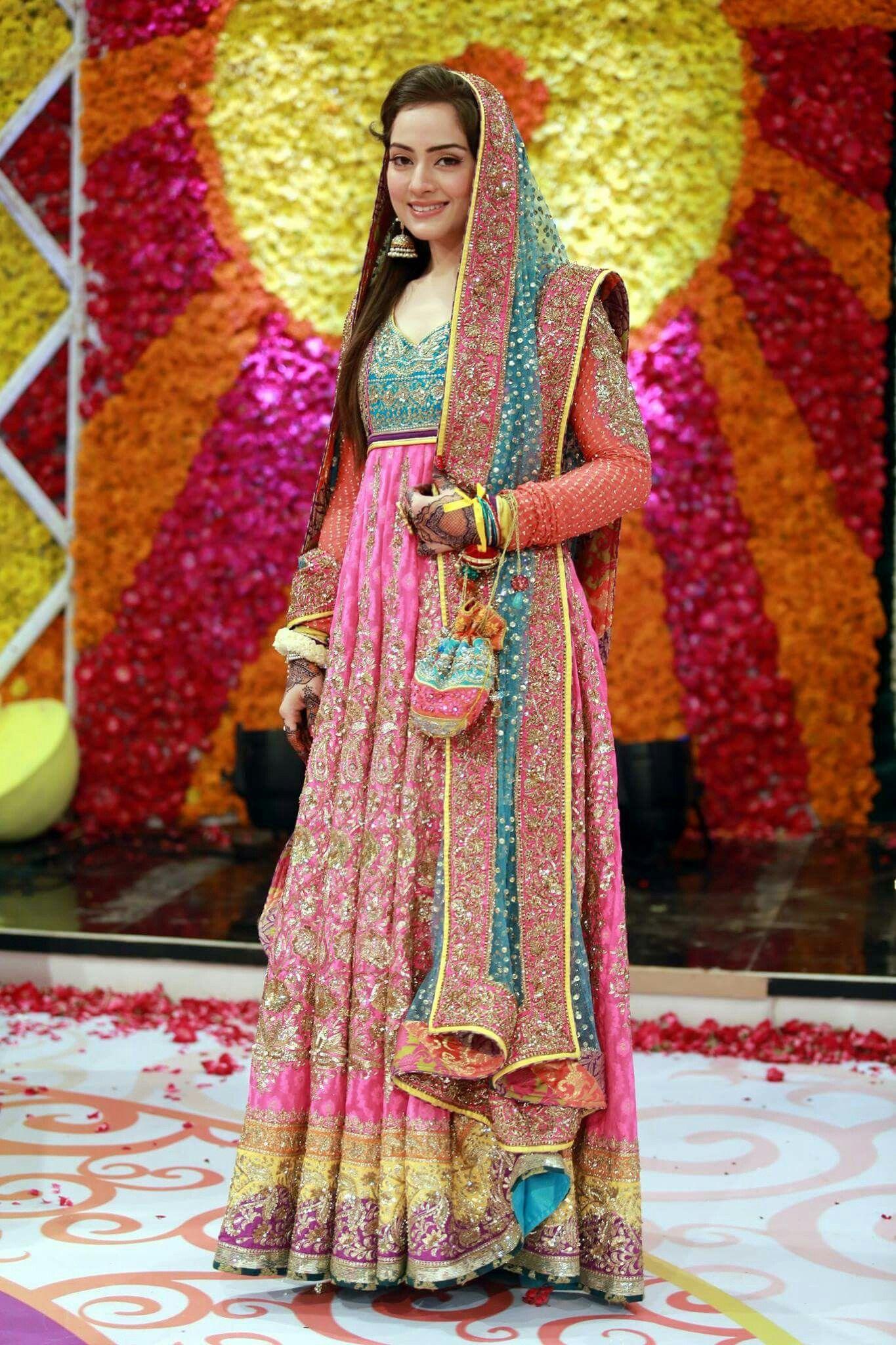 Pakistani bride on Mehndi day Pakistani mehndi dress