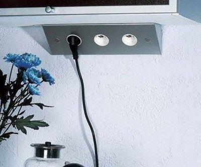 Multiprise pour angle de plan de travail ou dessous de meuble haut accessoires for Prise dangle pour cuisine