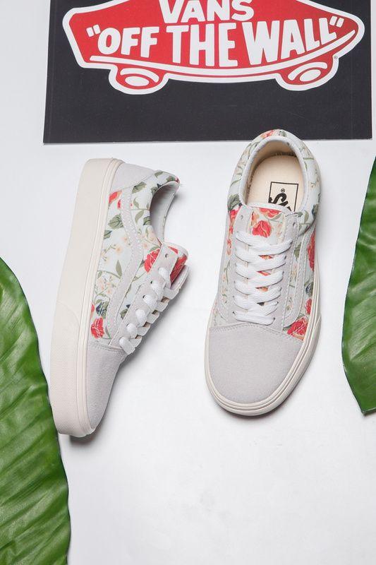 75ff9ee1fe96 Vans Rose Floral Old Skool Classic Beige Womens Shoes