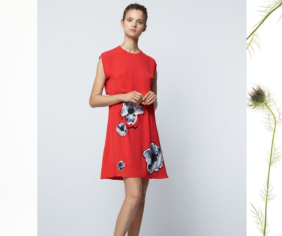 62184345209b Pin by Aquascutum on SS17 Womenswear Lookbook
