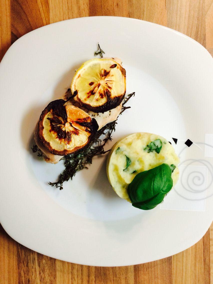 Zitronen-Brathuhn mit Basilikum-Kartoffelpü