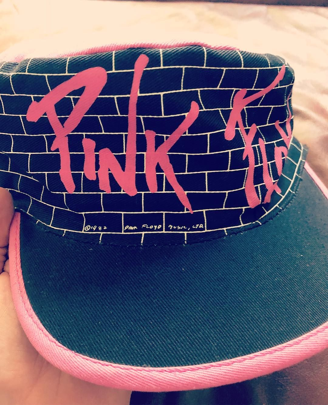918629a8131 Amazing Vintage Pink Floyd The Wall Promo Hat