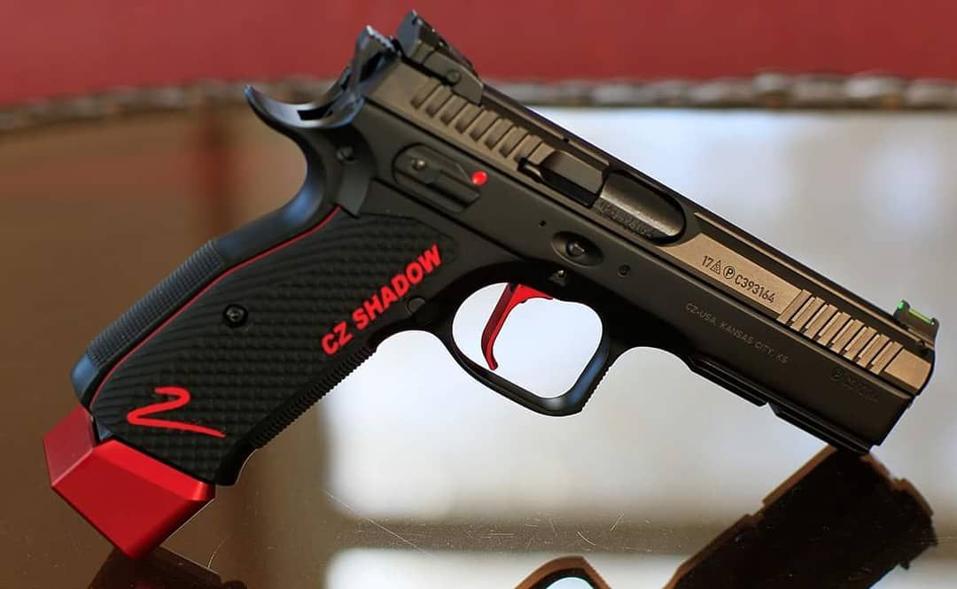 😯 This pic comes from a customer  How about a Shadow 2 Red