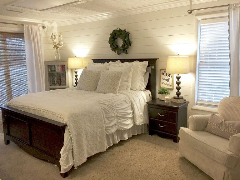 48+ Confortable Farmhouse Master Bedroom Decoration Ideas images