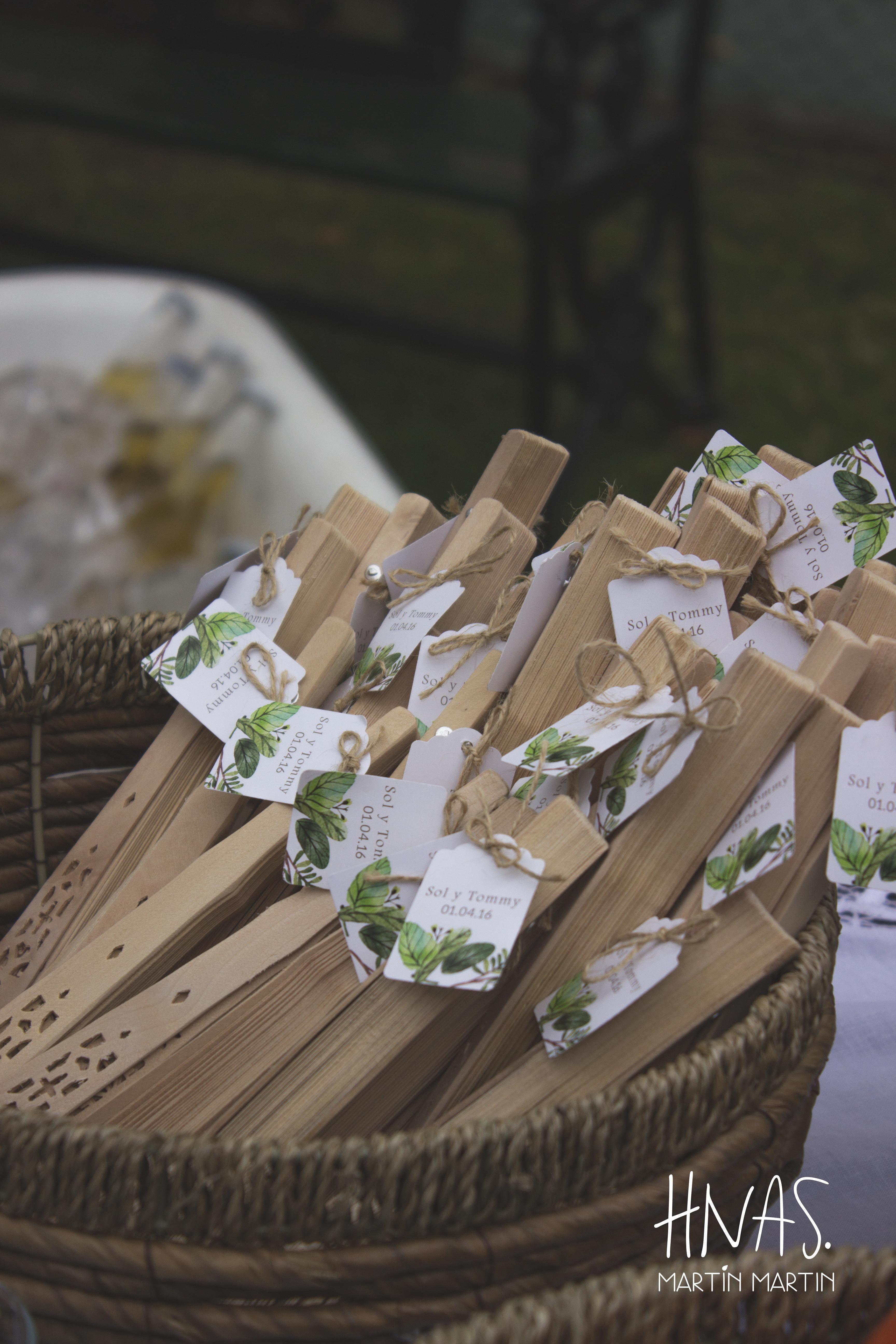 Lowlands ambientaci n casamiento boda abanicos decor for Ambientacion para bodas