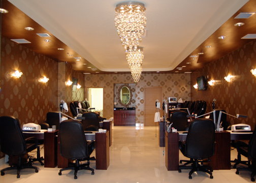Pin By Vivi Li On Cozy Spa Nails Edgy Concept Nail Salon Decor Salon Decor Hair Salon Decor