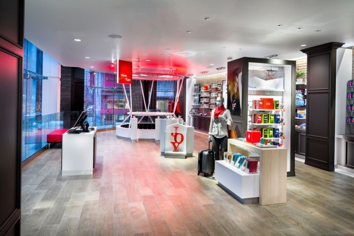 Verizon Chicago Destination Store By Chute Gerdeman Illinois Retail Design Blog