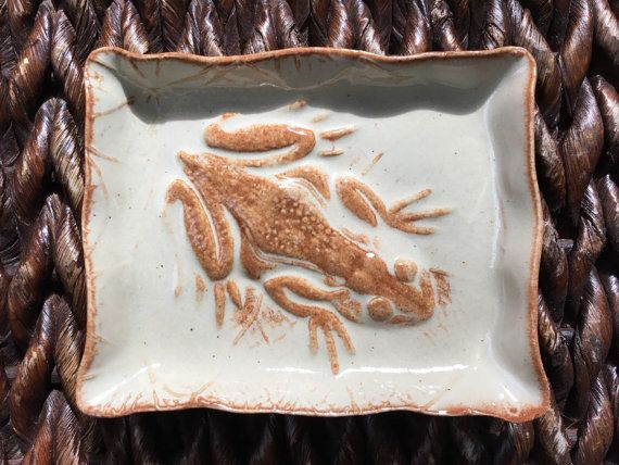 Ceramic Frog Soap Dish or Trinket Dish Handmade by QueenBeePottery