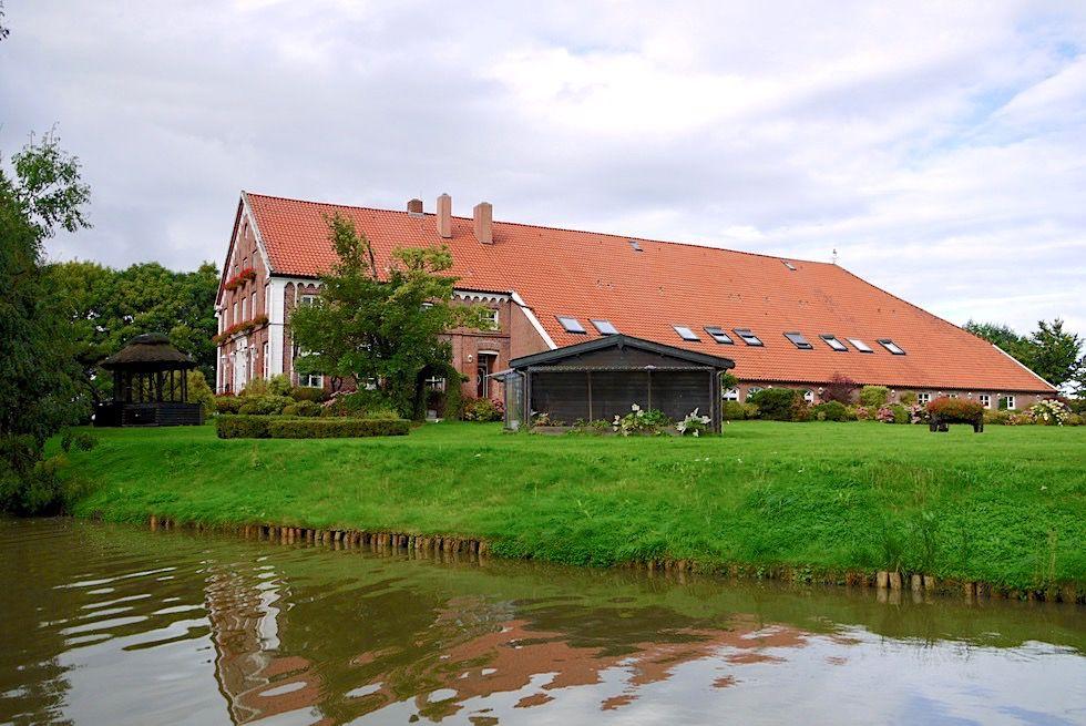Greetsiel Schoner Historischer Gulfhof Landgasthaus Steinfeld Krummhorn Ostfriesland Fischerdorfer Ostfriesland Dorf
