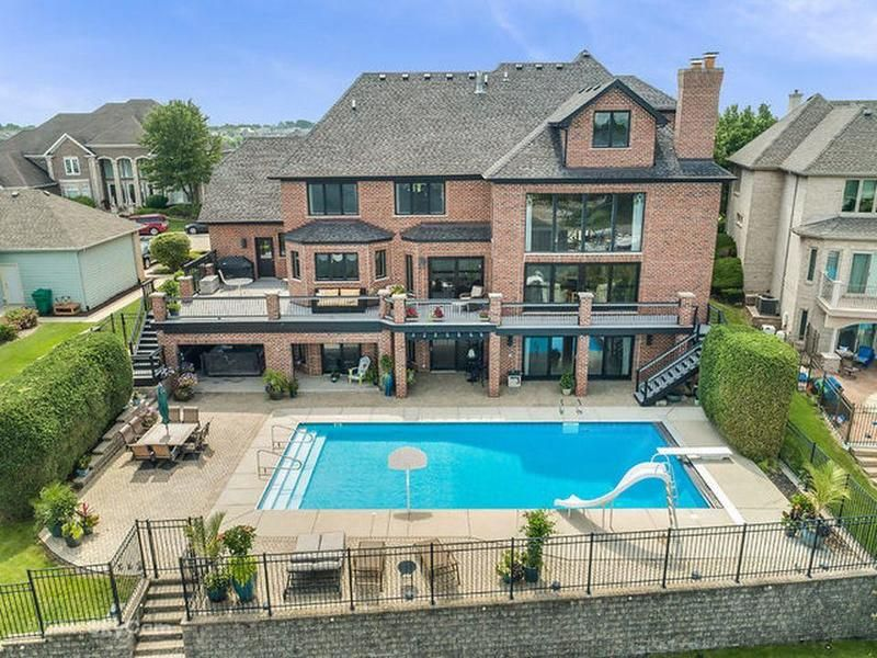 Image Result For Walkout Basement With Hot Tub And Pool Walkout Basement Basement Outdoor Decor