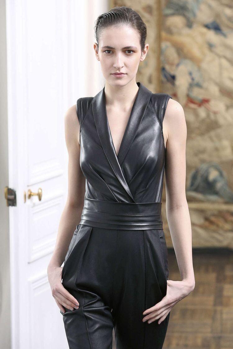 Jitrois   Leder outfits, Leder catsuit und Leder