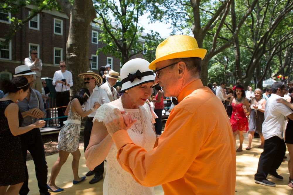 This couple at the Jazz Age Lawn Party is striking. He brings the color, while she brings the quiet elegance. Bravo!