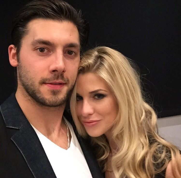 Nhlhockeywags Nhl Players Wife And Girlfriend Hockey Wife