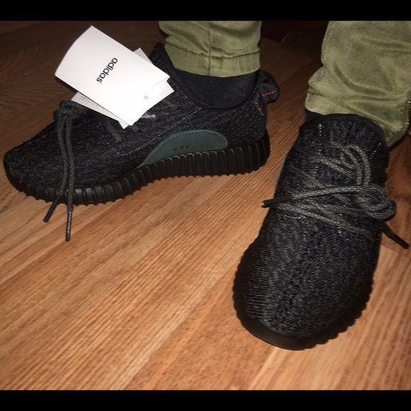 3331ca6cb Authentic Adidas Yeezy 350 Boost Blk Womens Brand new