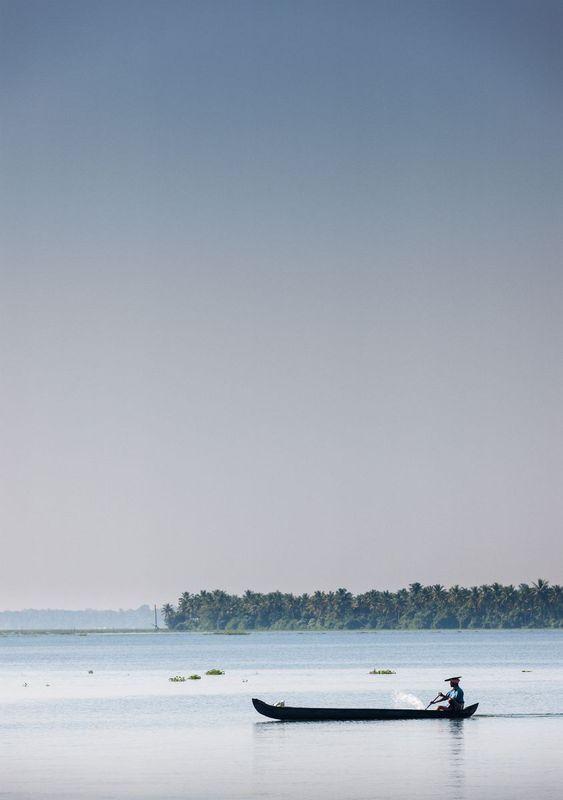 Fisherman Kerala Backwaters 84x119cm Kerala Backwaters Travel Photography Colorful Landscape