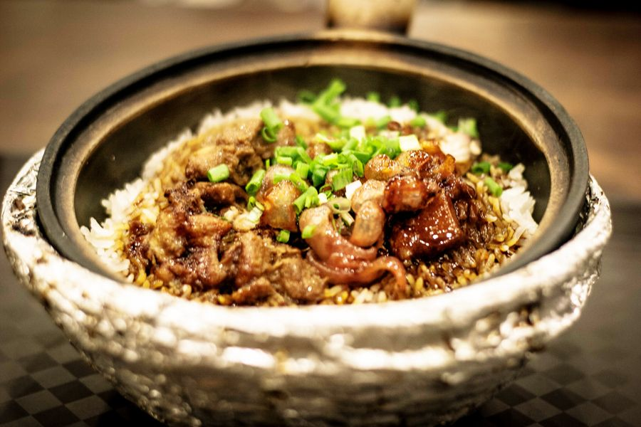 Clay pot meals in singapore