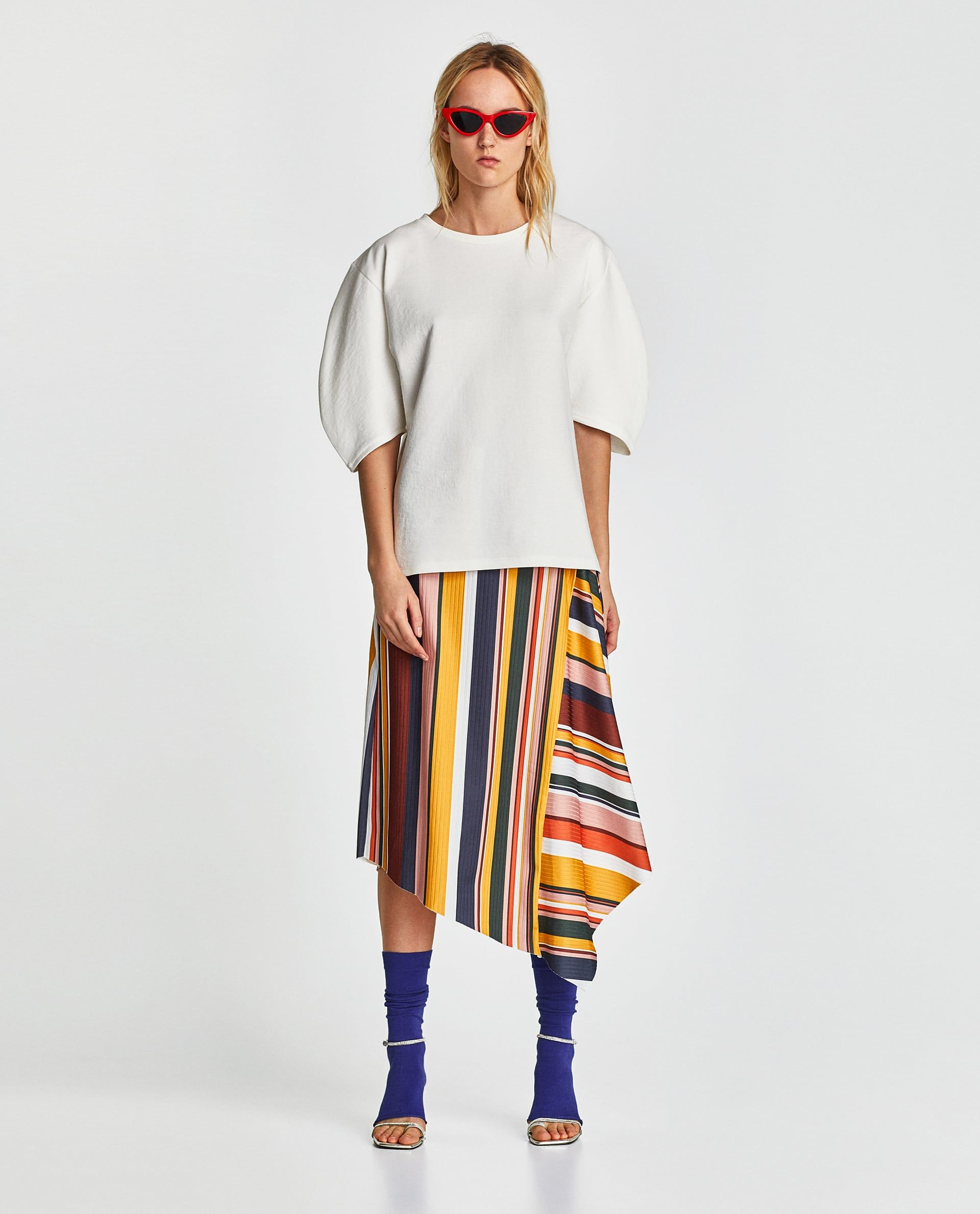 4e480ad6 ZARA - WOMAN - SKIRT WITH MULTICOLORED STRIPES. Image 1 of SKIRT WITH  MULTICOLORED STRIPES from Zara Summer Fashion Trends, Spring Summer Fashion
