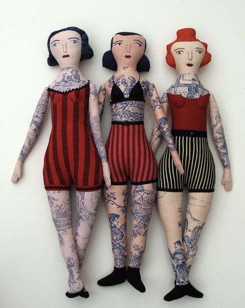 Tattooed ladies - Bonecas tatuadas. Amei♥