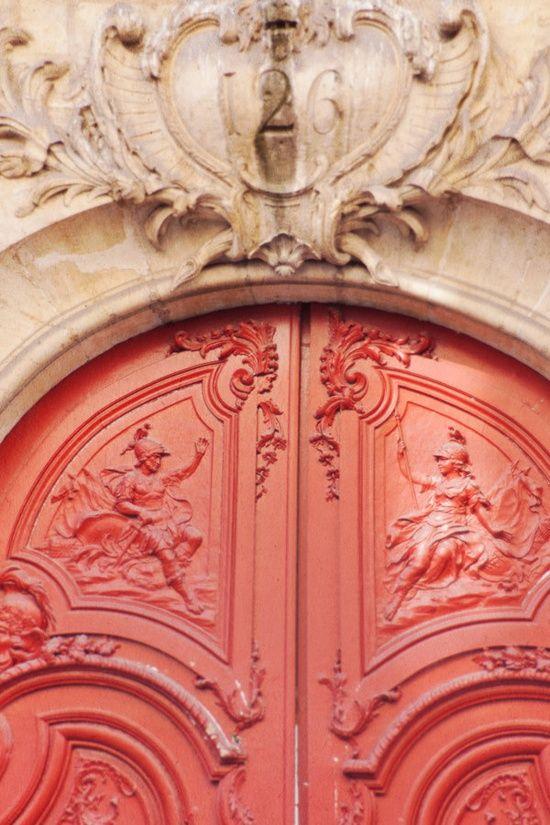 Harlequine Doors in Paris
