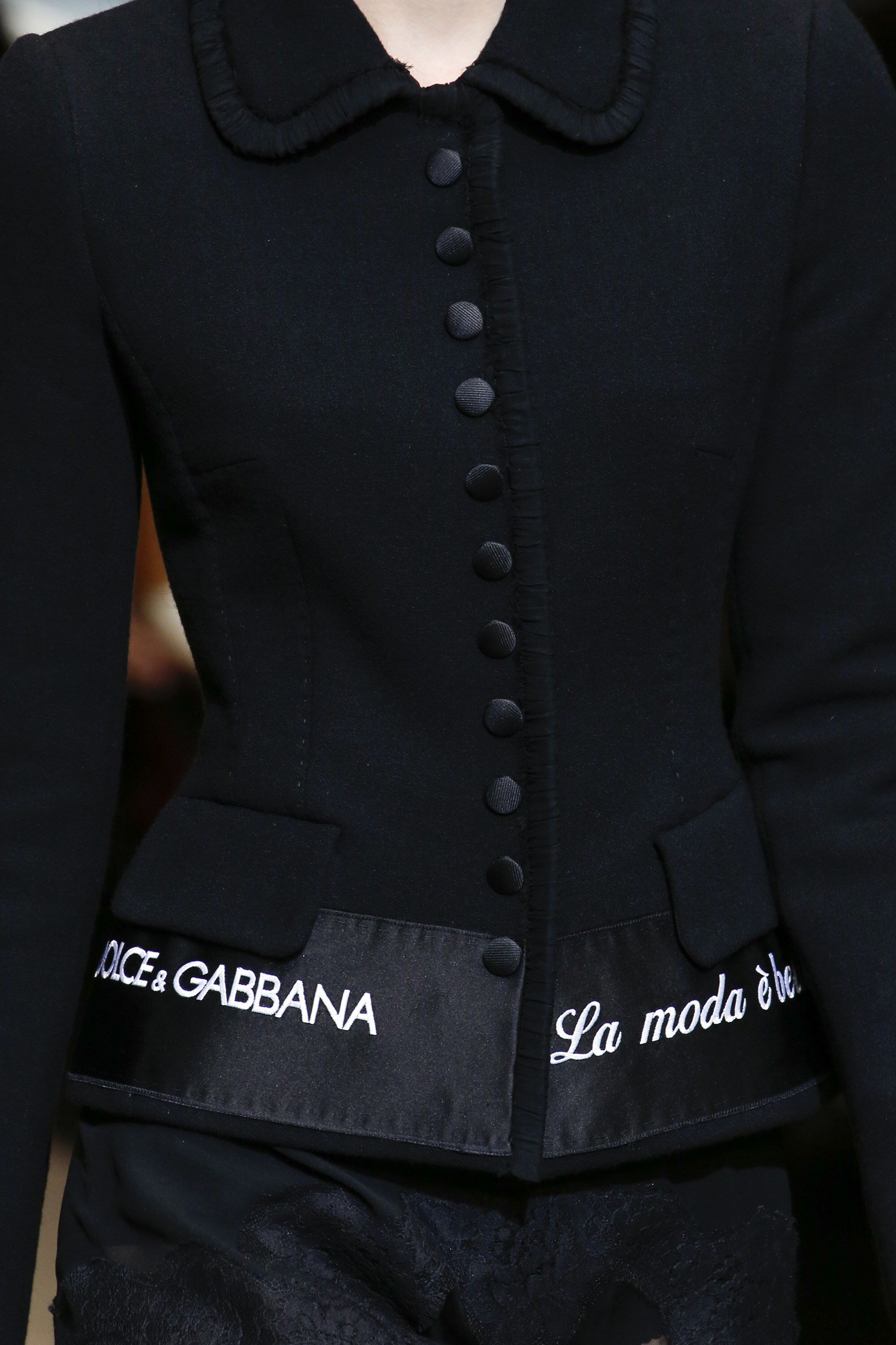 Fall Dolce Show Ready Gabbana amp; Wear To Fashion Details 2018 UxTqEaxwF