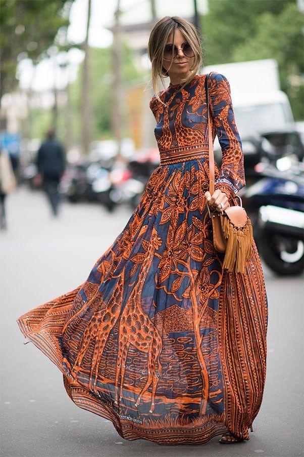 e7a4bbd487ed Robe longue boheme chic manches longues et ras de cou en 2019   Mode ...