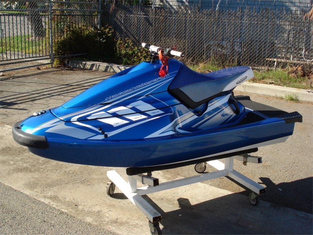 Pin By Neut On Jet Ski In 2020 Boat Design Jet Ski Water Crafts