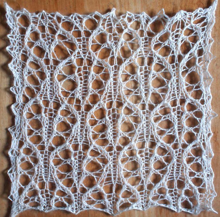 Knitting Stitch Patterns Lace : Raven a free lace knitting stitch pattern and