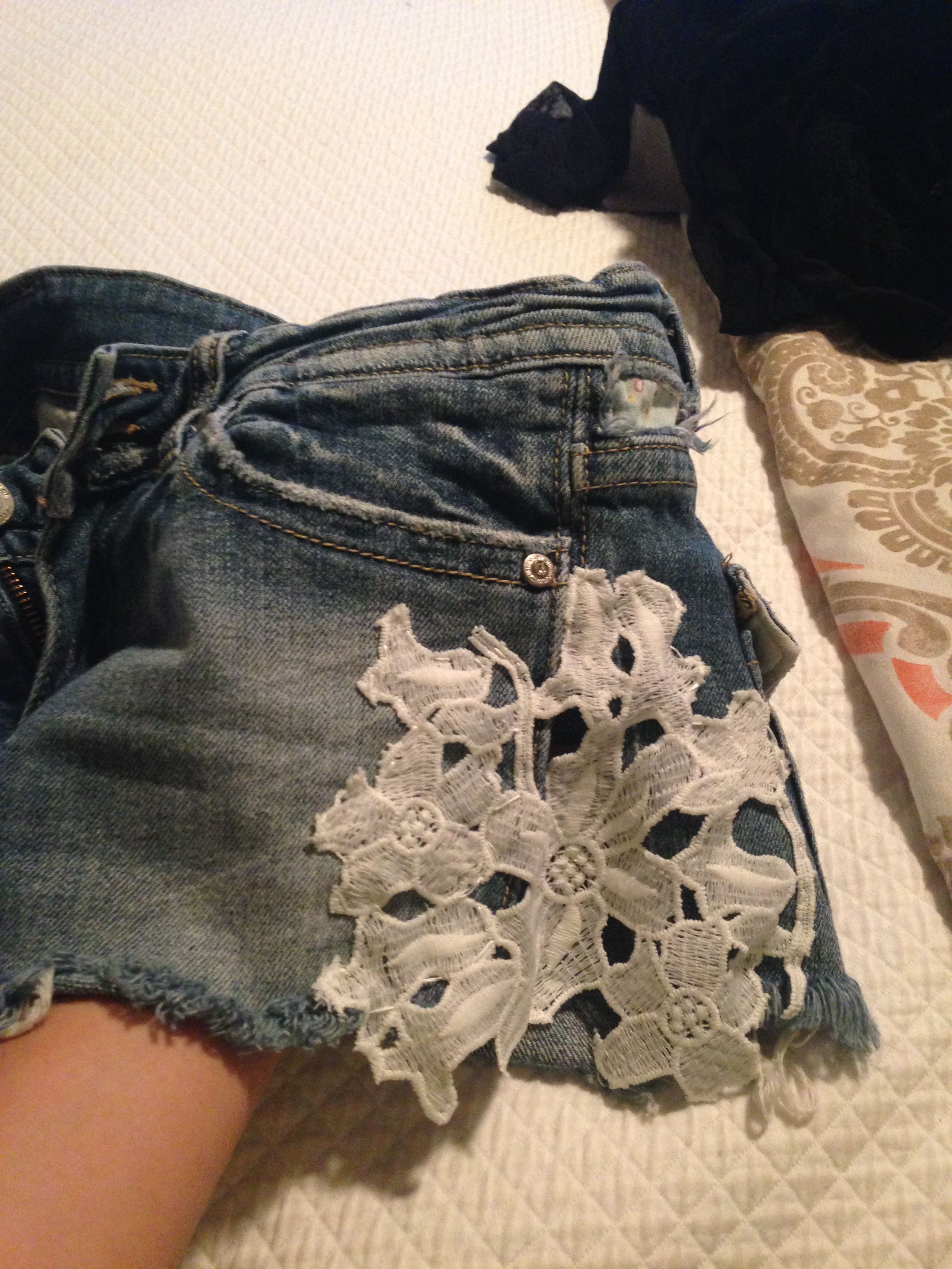 DIY lace on jean shorts. Definitely an up-cycle for these ...