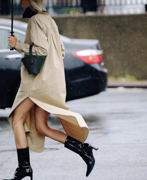 linda tol wearing rosetta getty   Rain, Rainbow's ...