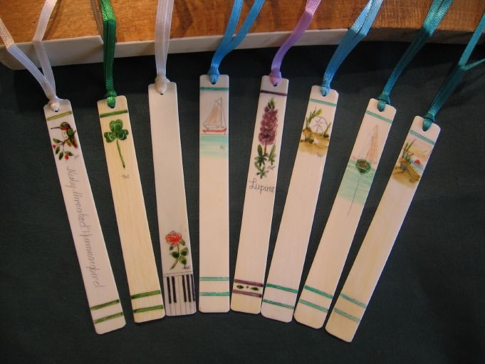 If you love to read, you might appreciate Scrimshanders' bookmarks, made from a recycled piano key. My friend gifted me one sporting a Sunflower.