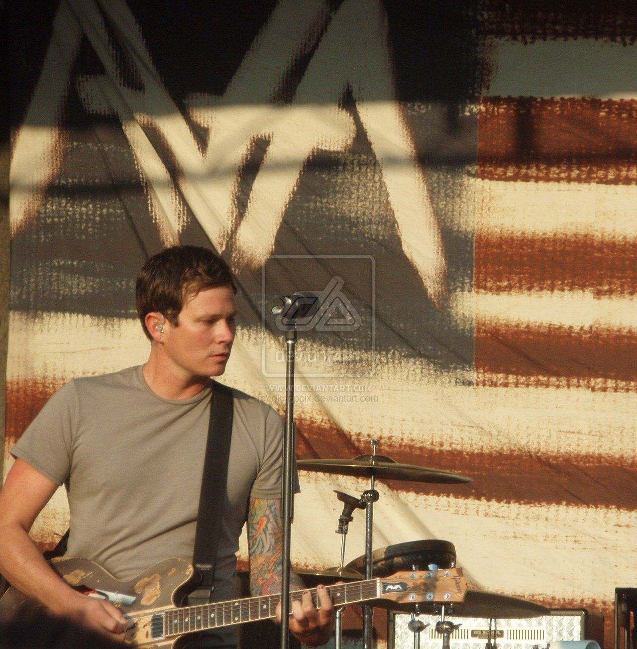 Angels And Airwaves With Images Angels And Airwaves Tom