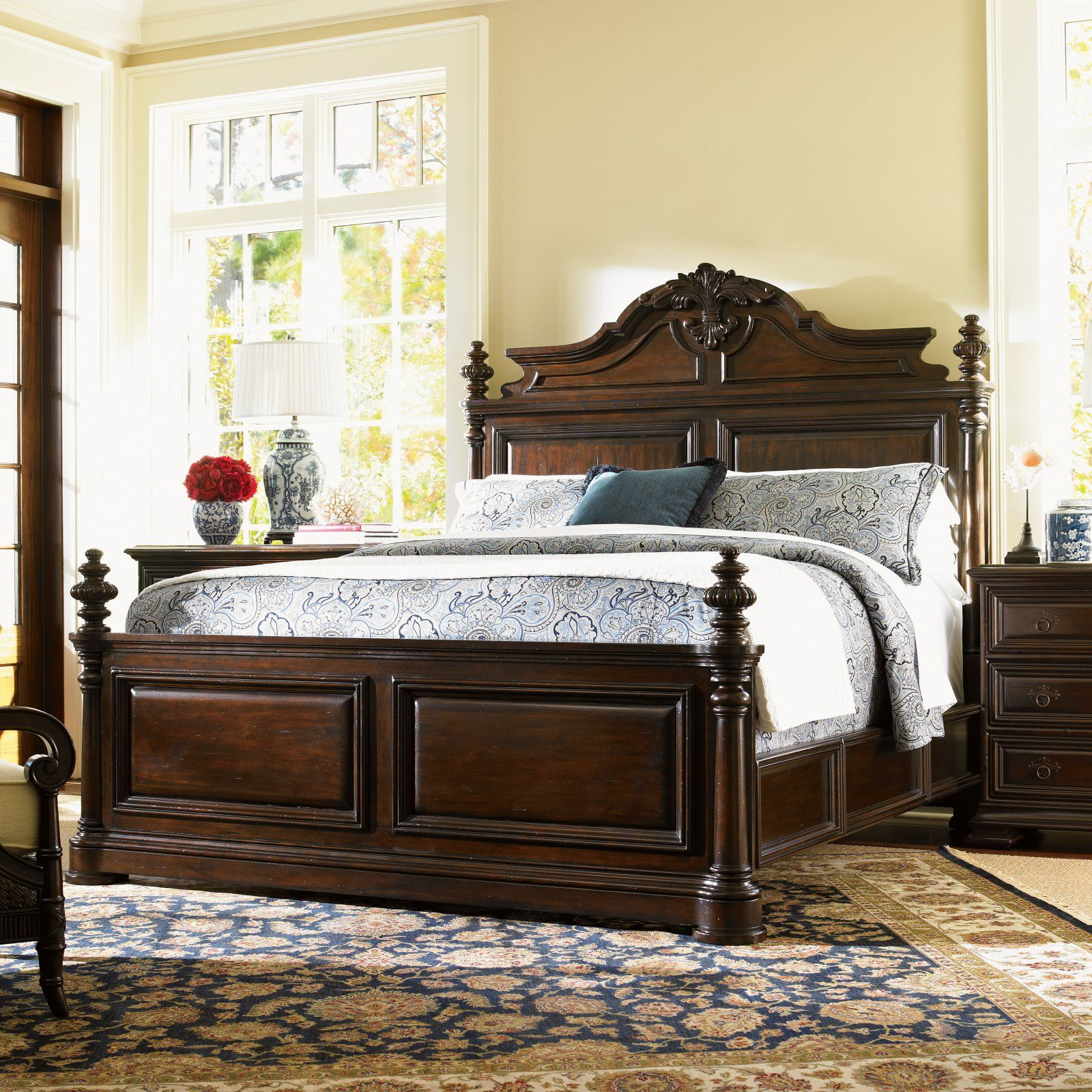 Tommy Bahama Island Traditions Amherst Carved Mansion Bed, Size ...