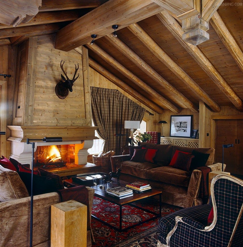 16 Classy Rustic Bedroom Designs: Love The Fabrics, Interesting Plaid
