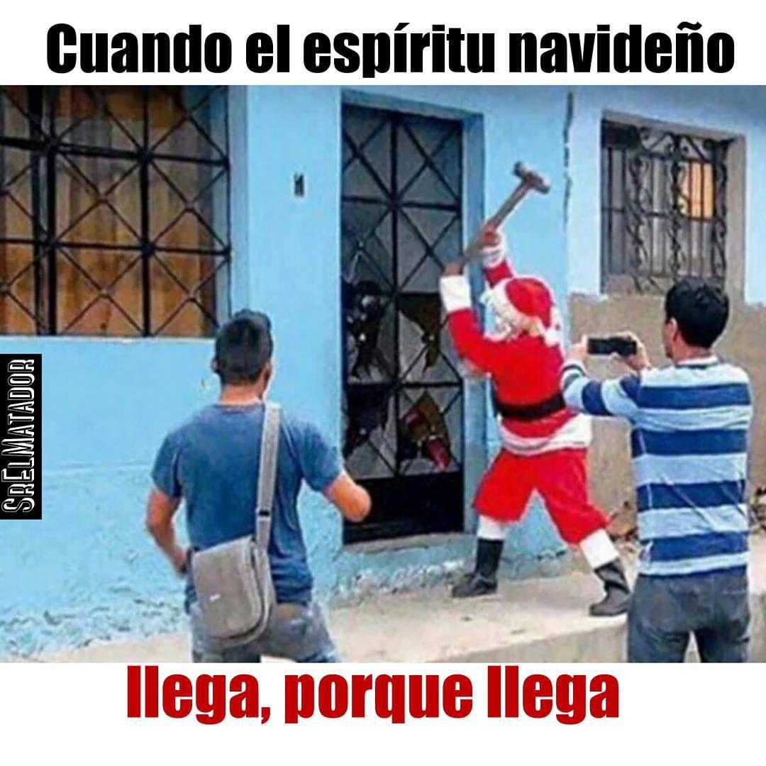 Llega navidad damas y caballeros. Les guste o no.  .  #santa #santaclaus #navidad #navidad2015 #feliznavidad #Christmas #soyapango #papanoel #puerta #xmas #ElSalvador #SrElMatador #SoloEnElSalvador #sivar