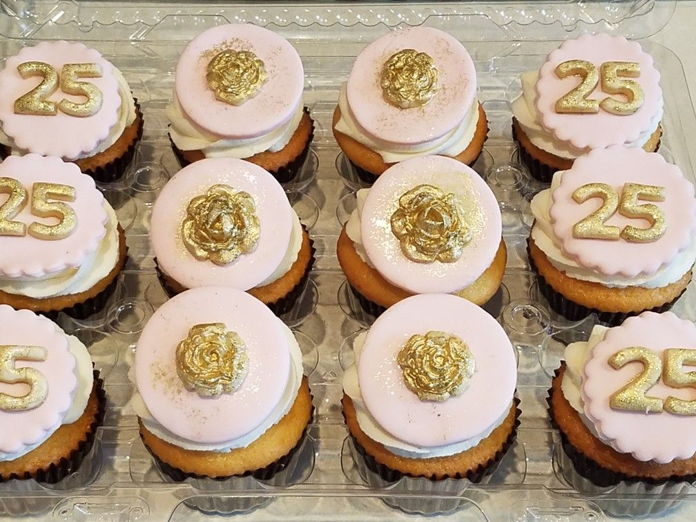 Tremendous 25Th Birthday Cupcakes With Fondant Toppers With Images Birthday Cards Printable Nowaargucafe Filternl
