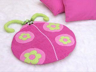 Alfombra mariposa 21 alfombras pinterest estilo - Alfombra nina ...