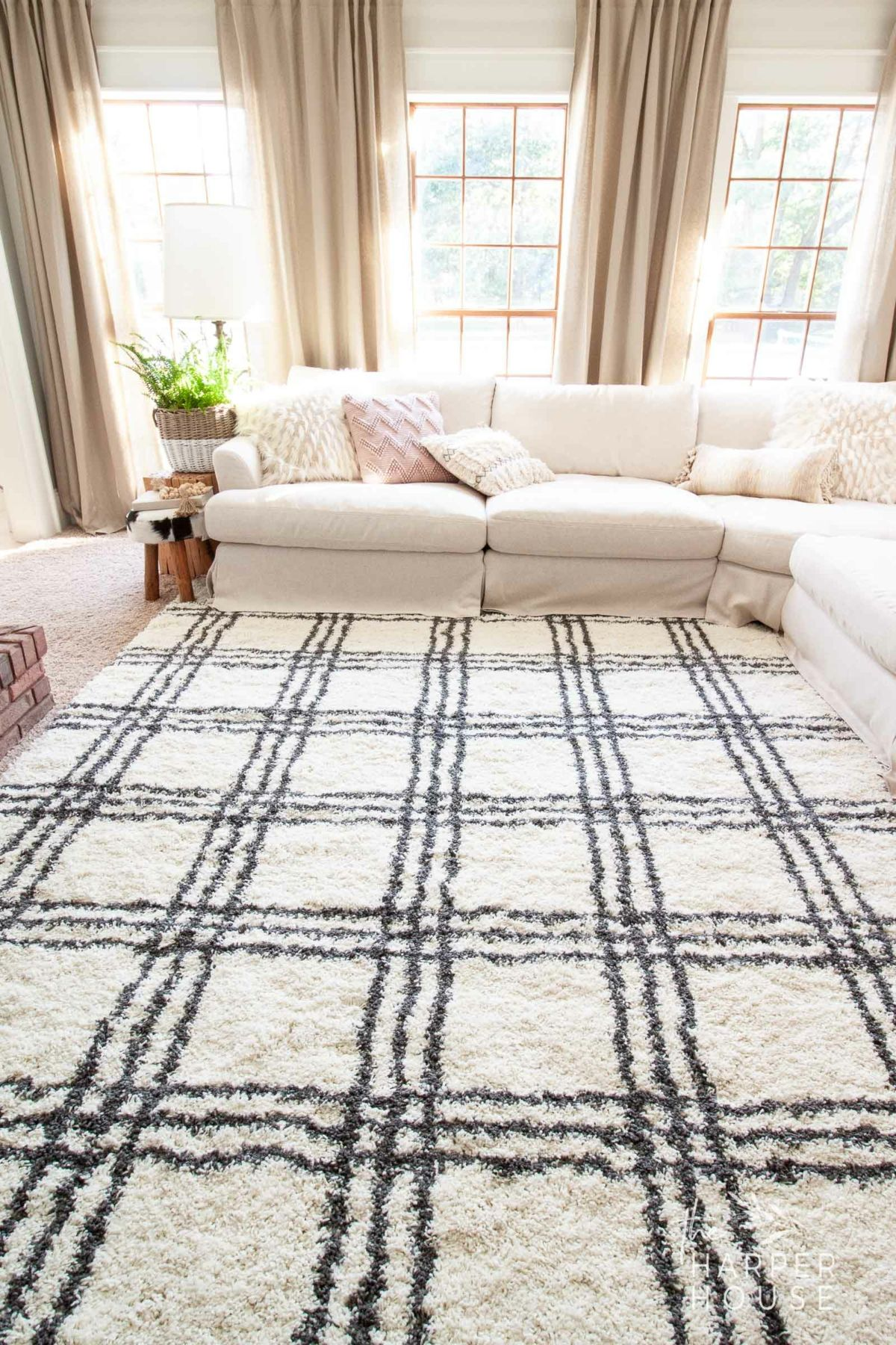 Black White Rug And Affordable Fall Favorites The Harper H