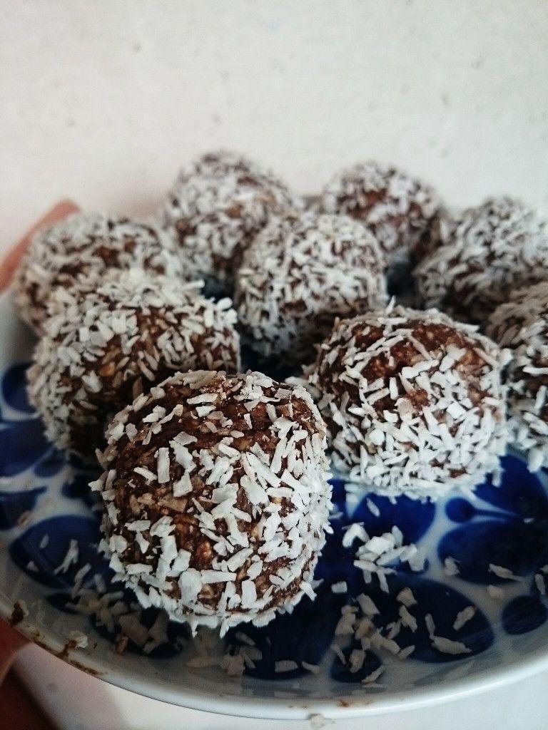 nyttiga chokladbollar utan nötter