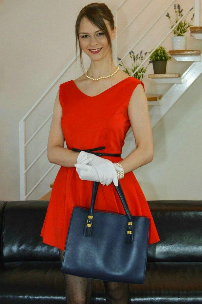 pin de daniel reis en beata undine | pinterest | vestidos rojos